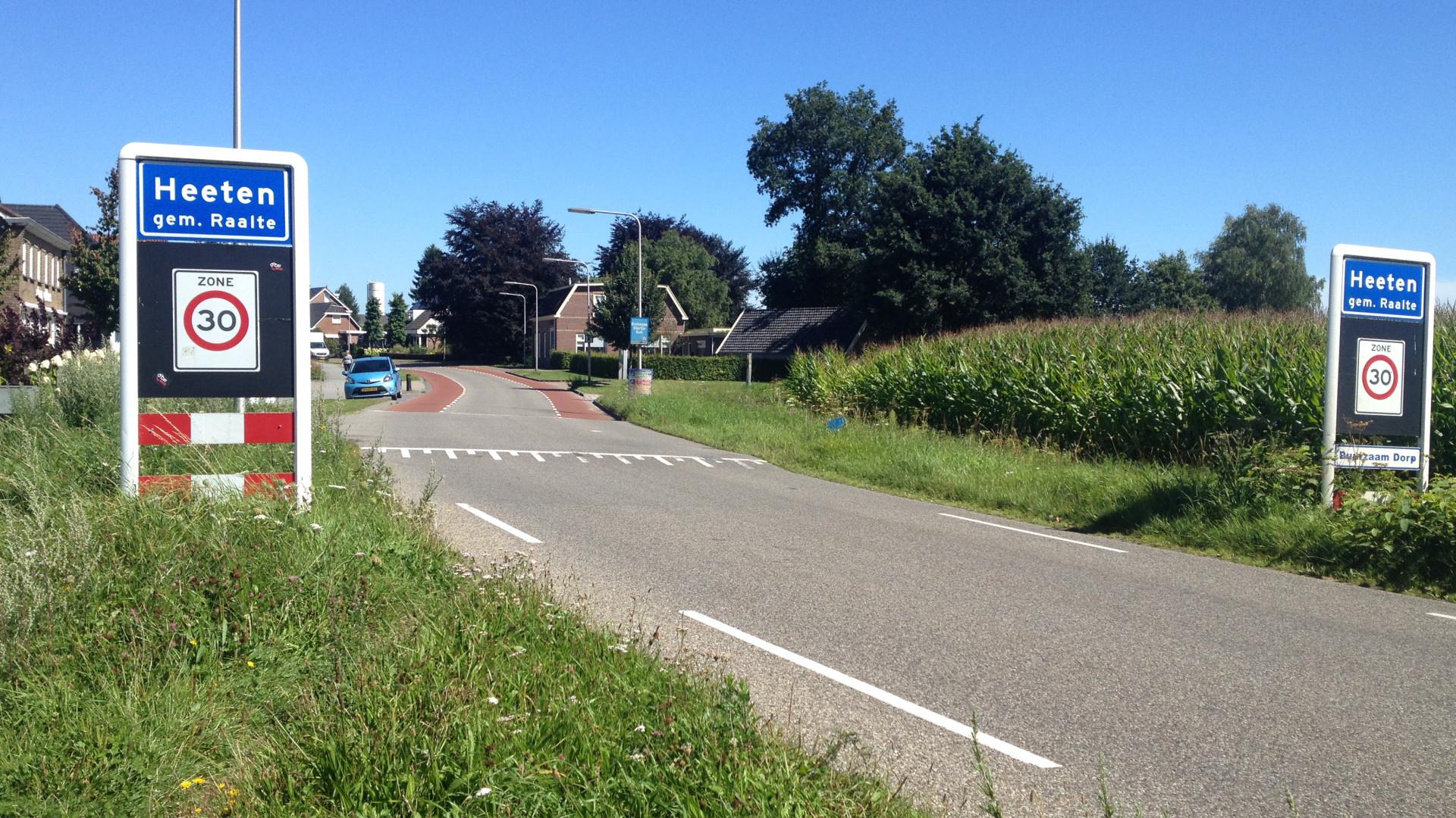 Foto-dorp-Heeten